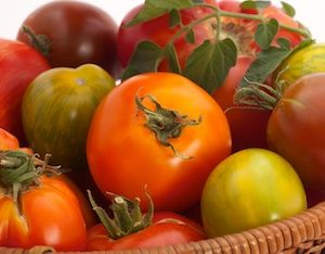 Best-Tasting Tomatoes: 56 Heirloom Tomatoes Rated Excellent for Flavor