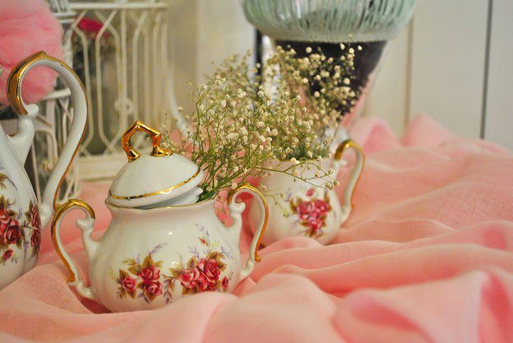 Vintange pink decoration