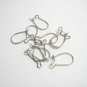 WWW.GEKLEURDGLAS.BIZ   --->>>      Oorbel haakjes met sluiting. zakje met 10 stuks. chirurgisch staal. afm: hoogte 14mm x 8mm.