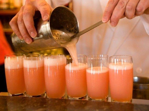 Bellini: como fazer o drinque refrescante em casa (Foto: Reproduo/ 40 Forever)