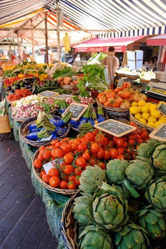 quinta sinfonia: E domingo, mercado! • Y domingo, mercado