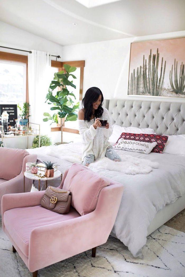Armoire Chambre Adulte Aménager La Chambre A Coucher Cool Idée à Réaliser  Fauteuil Rose Tete De