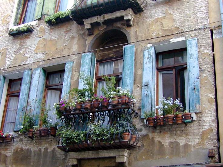 Window in Venice 2003
