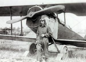 Airmail pilot H. Eber Lee standing next to his bi-plane.Blighti Inspiration, Airmail Pilots, Lee Stands, Eber Lee, Biplane 1920 S, Louis History, Blue Yonder, Wild Blue, Aviators Biplane