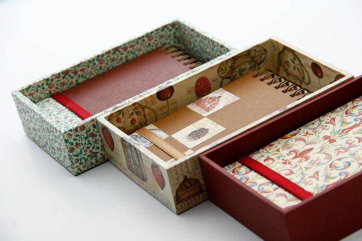 Libretas chicas con cajas en variados diseños