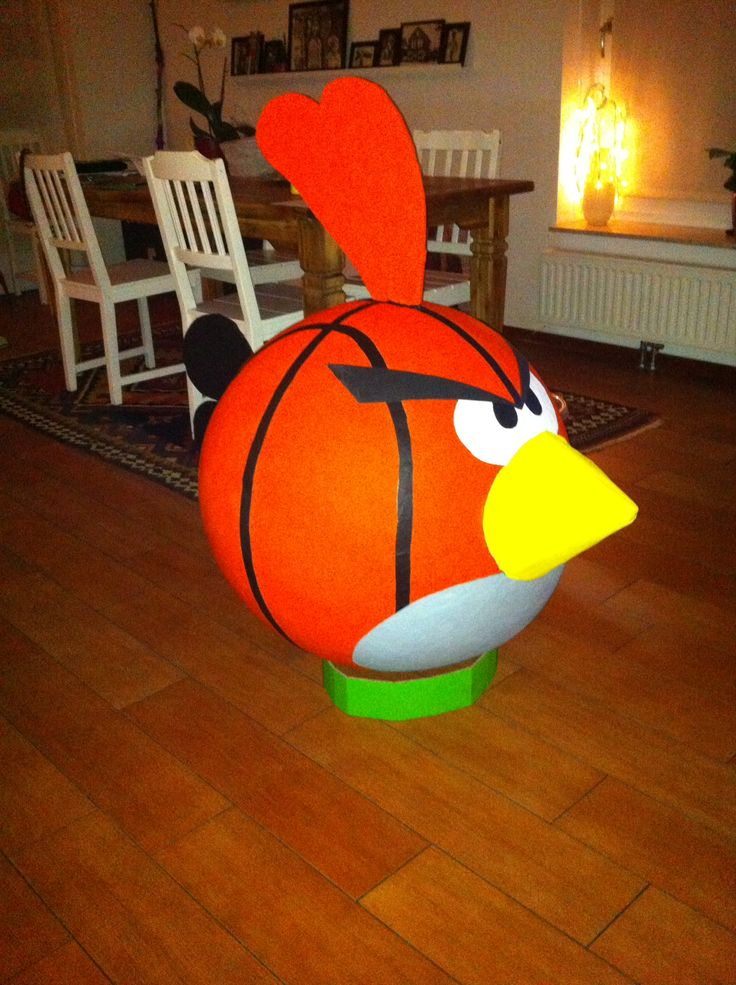 Sinterklaas surprise angry bird basketball