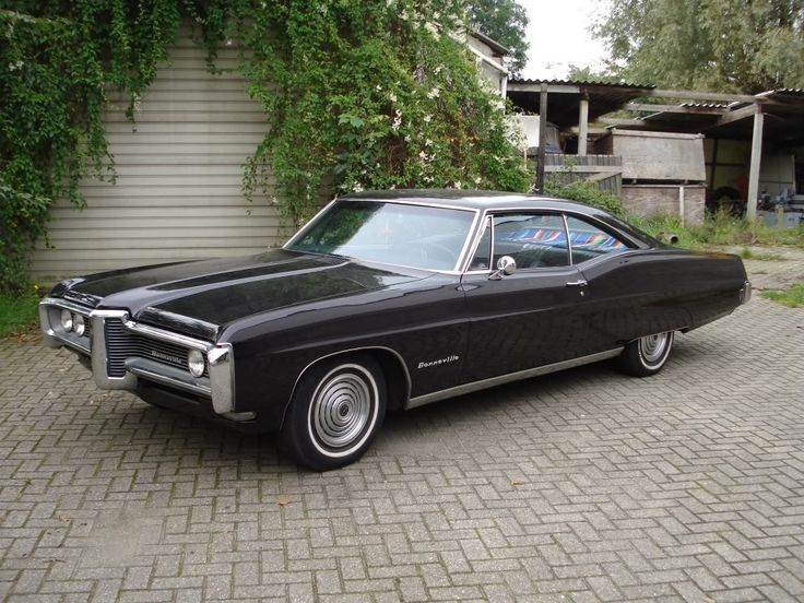 1968 Pontiac Bonneville Coupe. Mom loved Bonneville's  and had many different ones over the years.