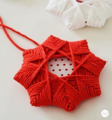 DIY super easy yarn Christmas star ornament // Egyszerű csillag karácsonyfadíszek fonalból // Mindy - craft tutorial collection // #crafts #DIY #craftTutorial #tutorial #KidsCrafts #CraftsForKids #KreatívÖtletekGyerekeknek