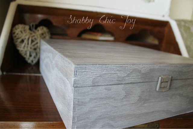 Shabby Chic JoyDIY - Decorare una scatola con la tecnica cerusèby Shabby Chic Joy