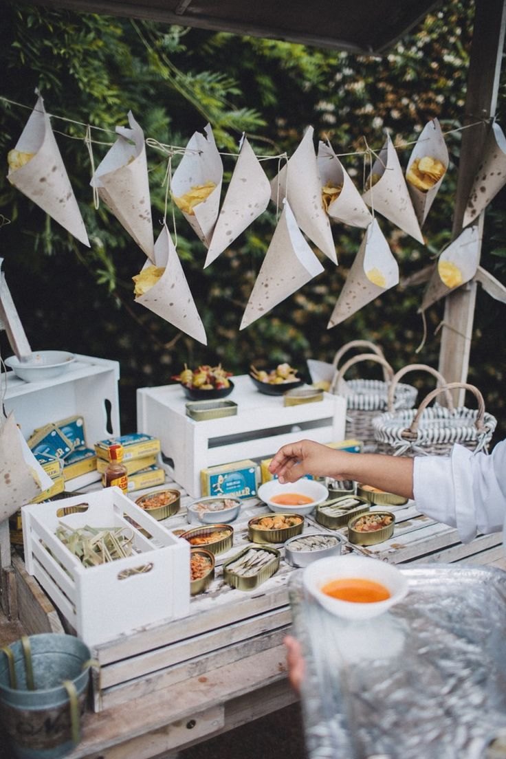 Summer by the Menorcan Sea / Wedding Style Inspiration Spanish Islands, Food Stands, Wedding Styles, Wedding Ideas, Event Design, Style Guides, Summer Wedding, Real Weddings, Style Inspiration