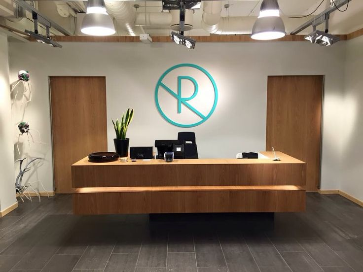 Retusj is a tattoo removal clinic in Trondheim, Norway. They are not against tattoos, just bad tattoos. Their clinic interior design and chosen color pallette represents clean nordic lines and an appreciation for art.