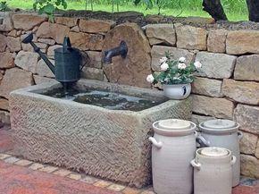 Simple Fotogalerie Wasser im Garten