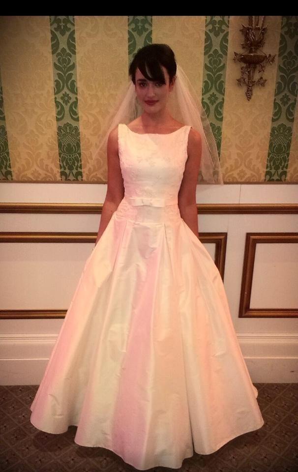 The beautiful Sharon Hoey designs #classicbridal #weddinggowns #sharonhoey