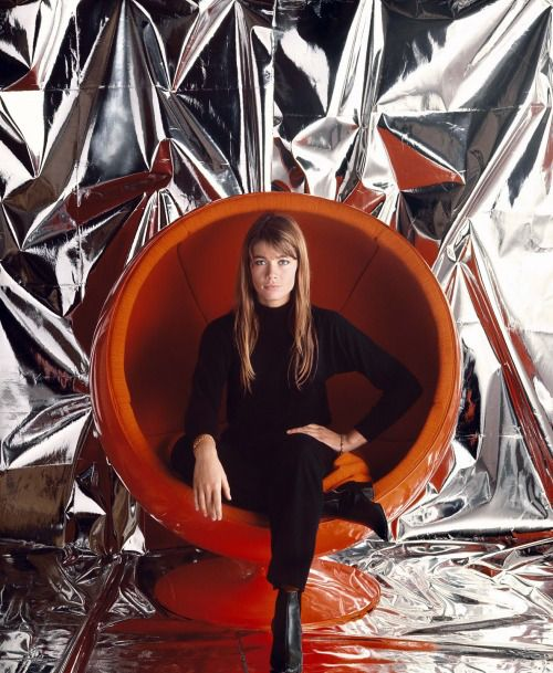Françoise Hardy photographed by Jean-Marie Périer in the 1960s