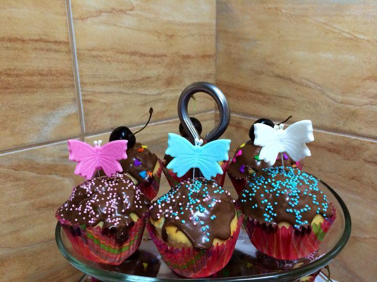 Cupcake si fluturasi
