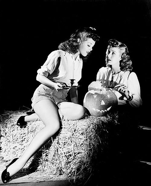 Halloween pinup girls, c. 1940s. NEED a halloween pin up tattoo asap when little cook gets here