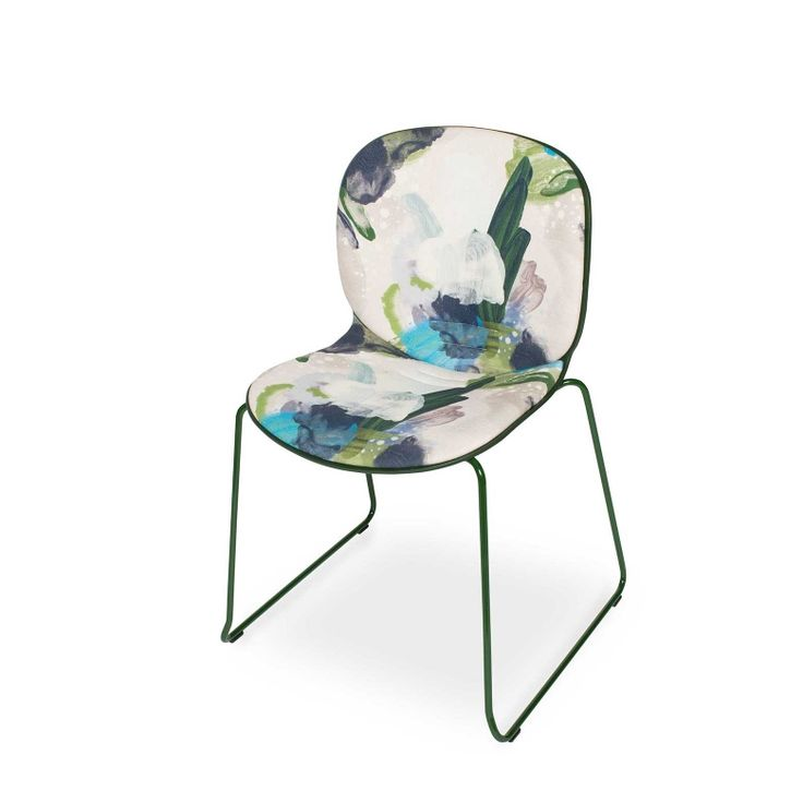 RBM Noor chair x English Rose in Forest with Green Shell | Sledge by Reeta Ek | FEATHR™    Featuring a bold and contemporary designer fabric by Reeta Ek. Layered brushstrokes interact, creating a work of depth, intrigue and dramatic, raw emotion.  The movement of the artist's brush is retained in the paint that forms this stunning fabric.