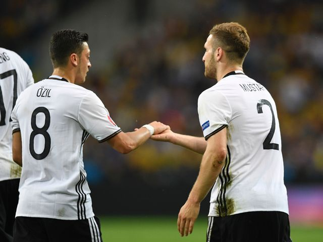 """I got: """"Mid-table obscurity"""" (5 Right!) - How well do you know Shkodran Mustafi?"""