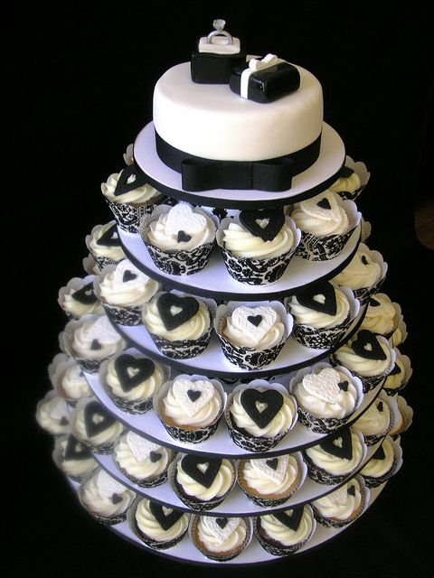 Engagement cake & cupcakes, via Flickr.