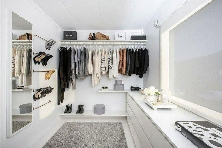 溢れた洋服をしっかり整理!大掃除に役立つ衣類のクローゼット収納の基本