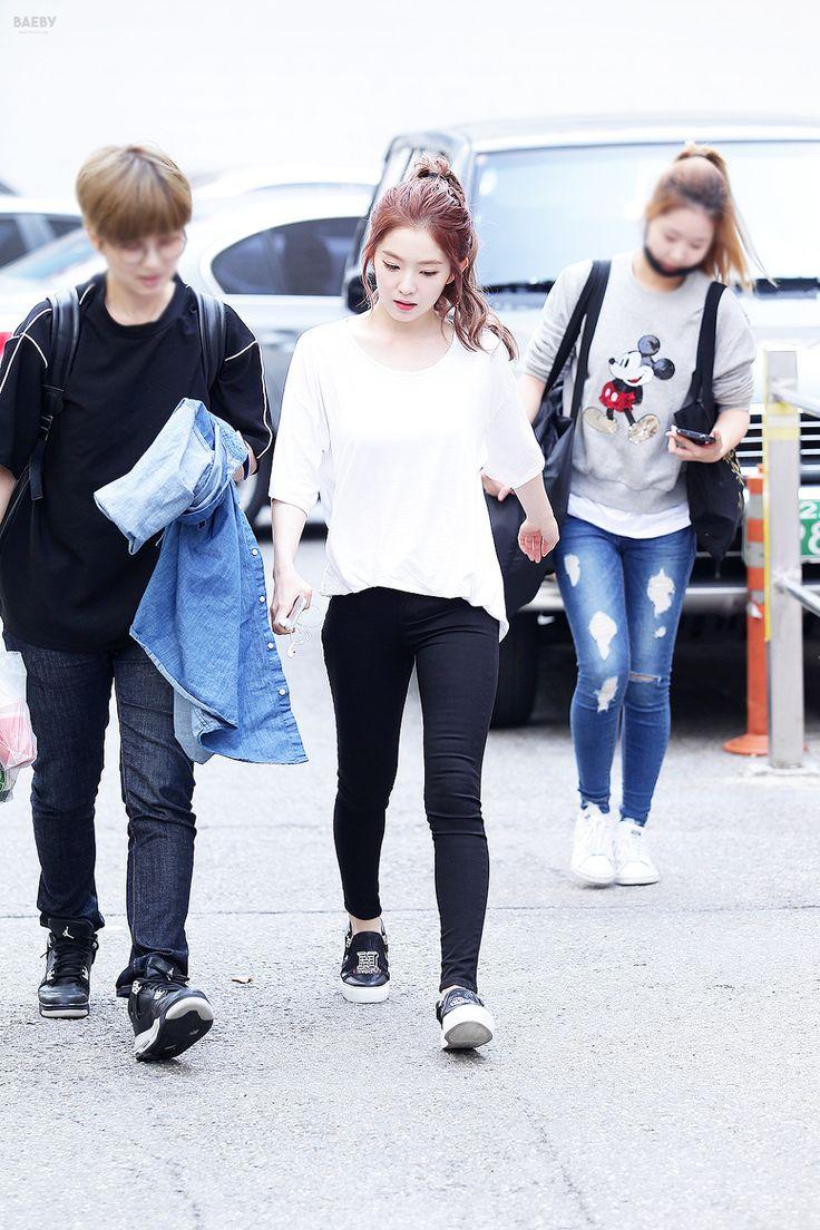 Other red velvet s airport fashion celebrity photos onehallyu - Red Velvet Irene Kpop Fashion 150904 2015