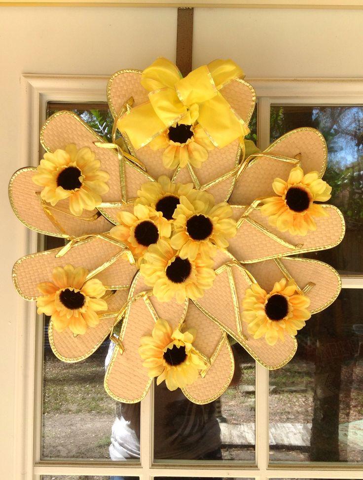 Yellow and gold flip flop wreath!  Fun fun fun!