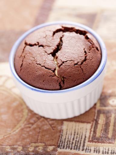 Fondant au chocolat ultra facile : chocolat, sucre et oeufs