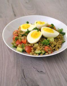 Plant-power uit deze linzen salade! Deze peulvruchten bestaan voor 20% uit eiwitten en zitten ook nog eens boordevol foliumzuur, ijzer, fosfor en magnesium.