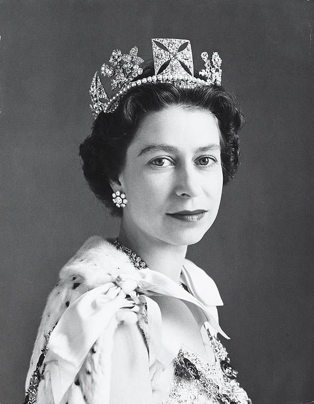 I've always loved reading biographies and thought this blog could benefit from an educational (and entertaining!) history-inspired series. Queen Elizabeth II was born in 1926 and was crowned the Queen of England at the young age of 25. On September 9, 2015 she became the longest reigning British monarch in history. Without further ado, six fun facts about Her Majesty the Queen. #1 – …