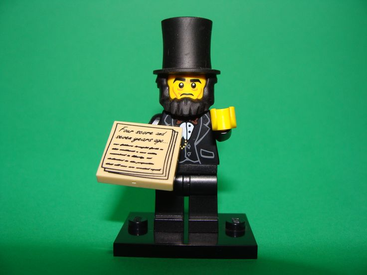 I bet abe lincoln would never thought that in the future they would also displayed him in a small figurine like that.