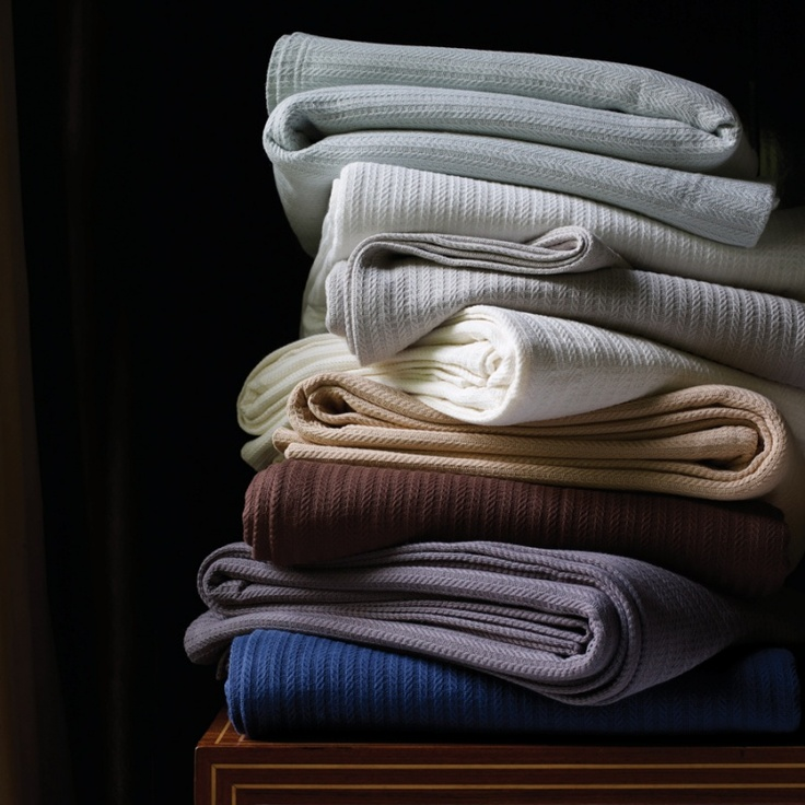 All of the essential colors are here in the soft SFERRA Grant blanket.