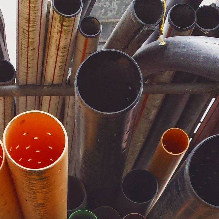 #pipe #pipes #rohr #röhren #bau #baustelle #construct #constructionsite #work #abstractart #abstract #abstrakt #abstractphotography #minimal #minimallovers #minimalphotography #minimalist #minimalism #minimalove #instaminimal #plastic #art #artist #photoart #photographyart #winterthur #construction #constructionworker #zürich #swiss