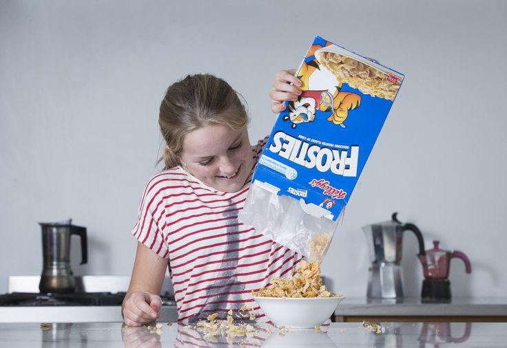 #Half of food marketed at kids is junk, obesity researchers find - New Zealand Herald: Brisbane Times Half of food marketed at kids is…