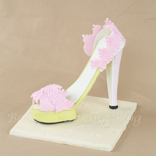 images about High heels for cakes on Pinterest | High heels, Fondant ...