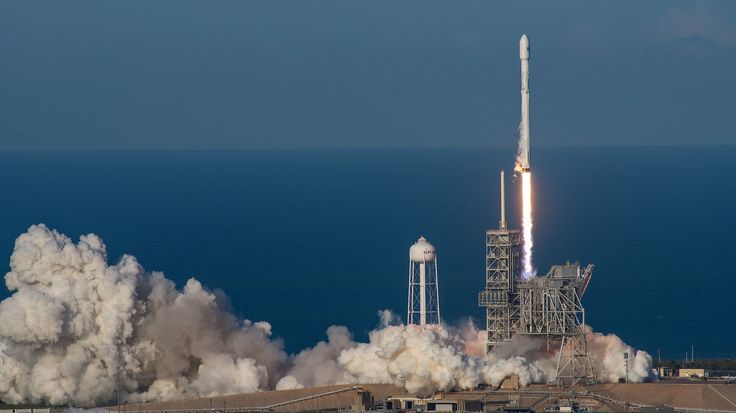SpaceX launches first recycled rocket as CEO Elon Musk seeks 1-day turnaround - LA Times