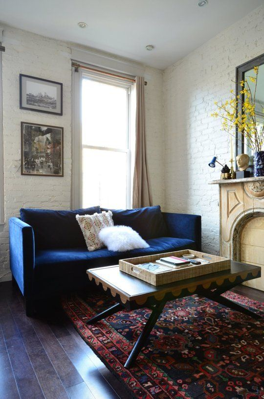A New York Couple Shares 350 Square Feet