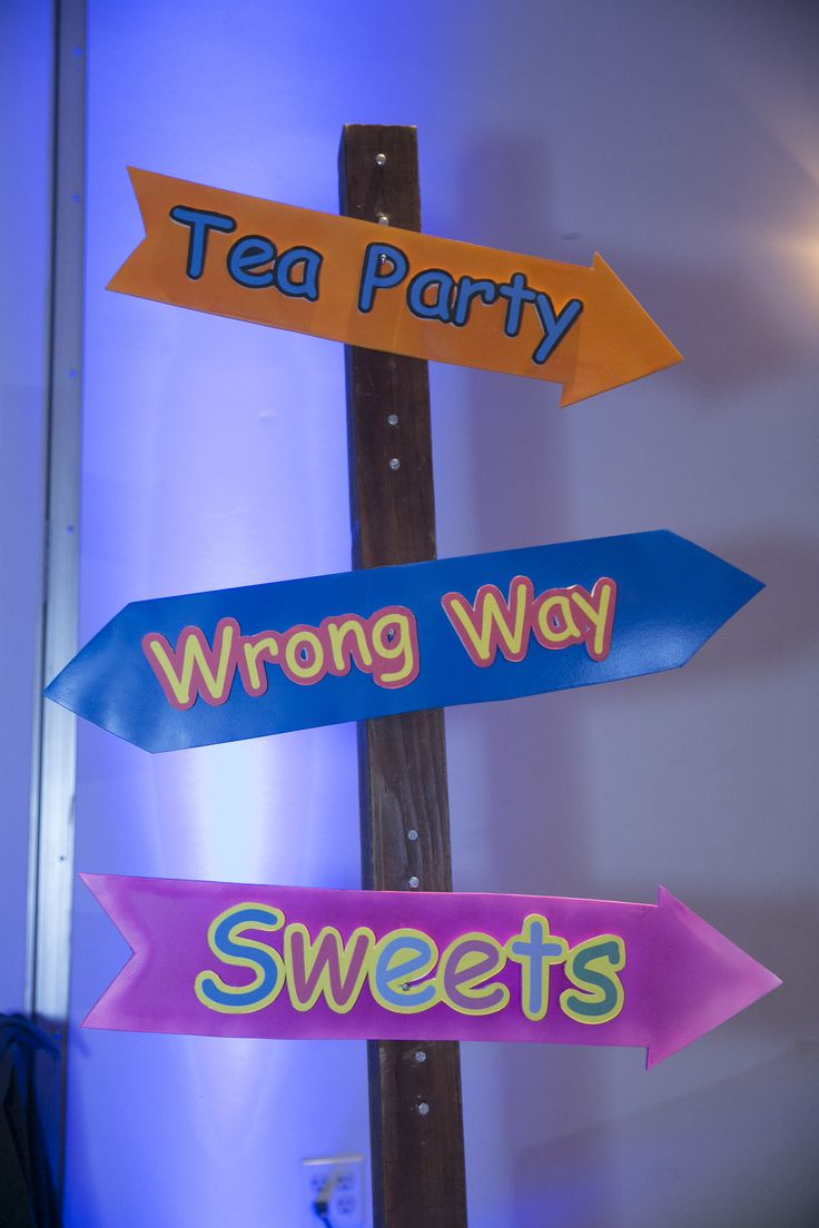Mejores 13 imágenes de Wonderland Mad Hatter Tea Party Theme en ...