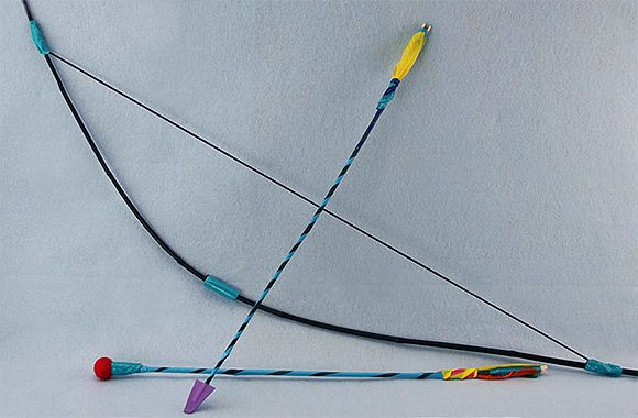 DIY Bow and Arrows