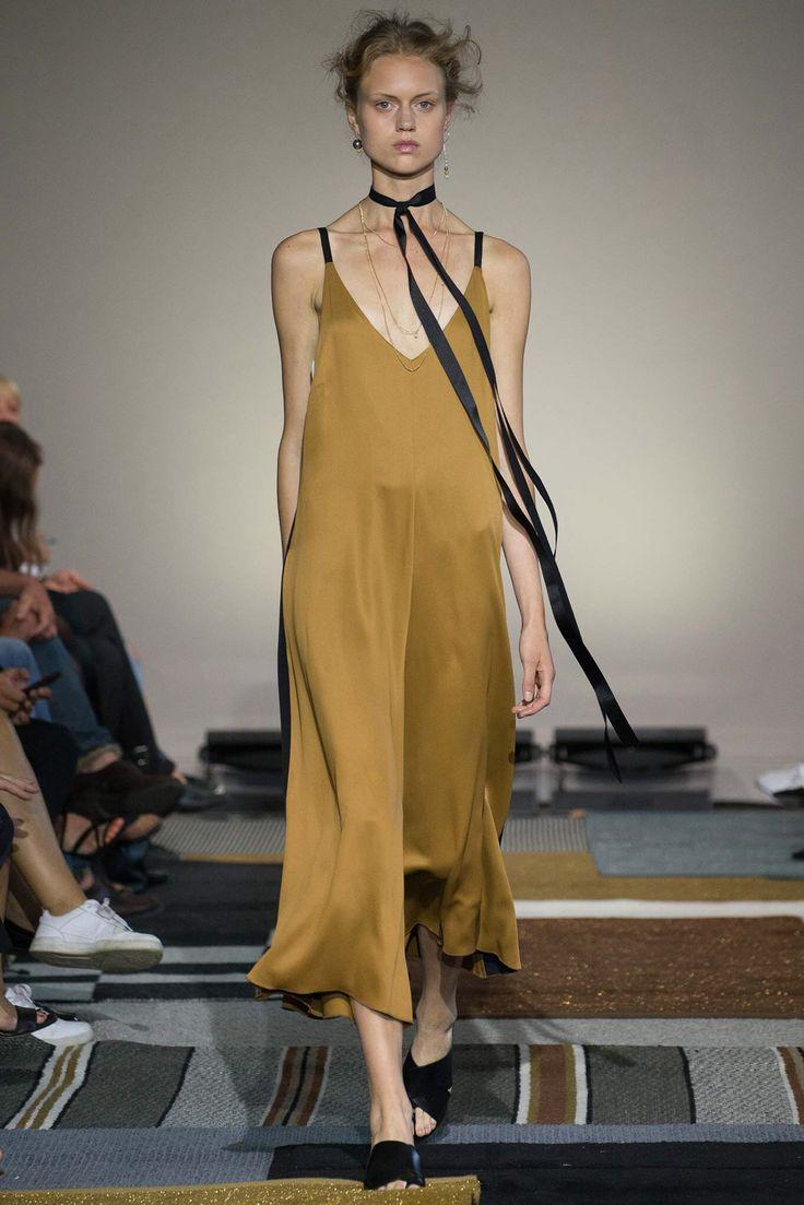 AltewaiSaome Stockholm Spring 2016 Fashion Show