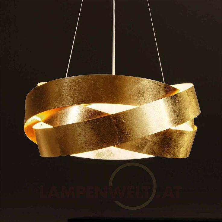 Drei #elegant ineinander verschlungene Metallringe mit edlem #Blattgoldueberzug, die dank dünnen Stahlseilen im Raum zu #schweben scheinen - dies ist die außergewöhnliche #Haengeleuchte Pura!