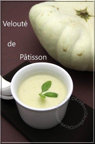 Velouté de pâtisson - patizonová polévka. Děláme různé varianty, často třeba v kombinaci s bramborami a dochucené (v horké vodě namáčeným) šafránem. Na konec ji sypeme trochou parmezánu.