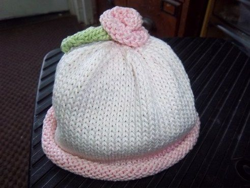 Rosebudy Baby Hat Free Knitting Pattern and more baby hat knitting patterns
