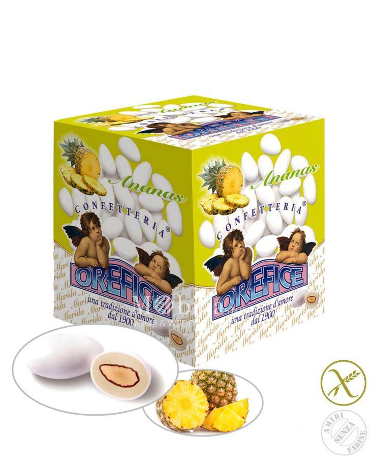 Confetti in promozione ripieni senza glutine ananas Orefice con deliziosa mandorla racchiusi da un sottile strato di zucchero a velo.