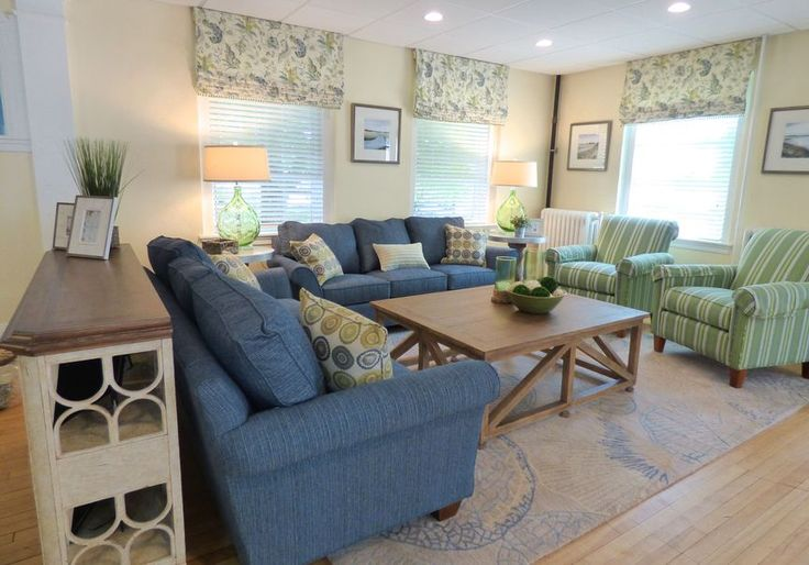17 Best Images About Tri Delta Living Room On Pinterest Virginia University Florida And