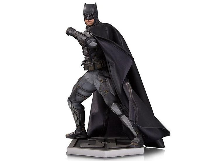 *PRE-ORDER* BATMAN: Justice League 1/6 Scale Statue in Tactical Suit By DC Collectibles