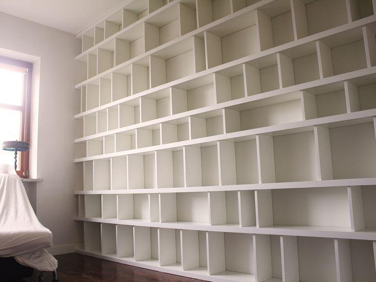 regał na książki na zamówienie bookcase on books to order #regał #bookcase #books #książka #książki #shelf #biel #white #nawymiar #meble #furniture #mieszkanie #room #dom #home #warszawa #warsaw #poland #polska #instasize #instaphoto #decor