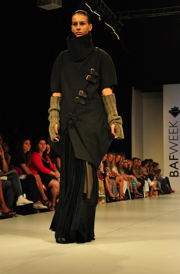 BafWeek Invierno 2012  Urenko en Semillero Uba  Modelo: Florencia Dieminger  Agencia: Civiles Management
