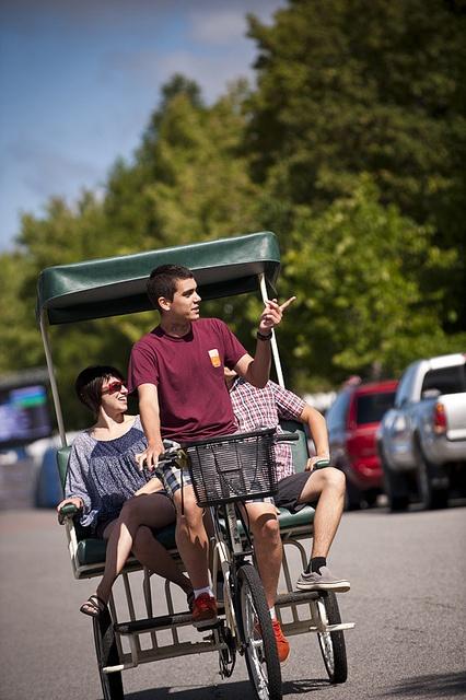 Tour de Ville-Marie en vélo-taxi by Tourisme Abitibi-Témiscamingue, via Flickr