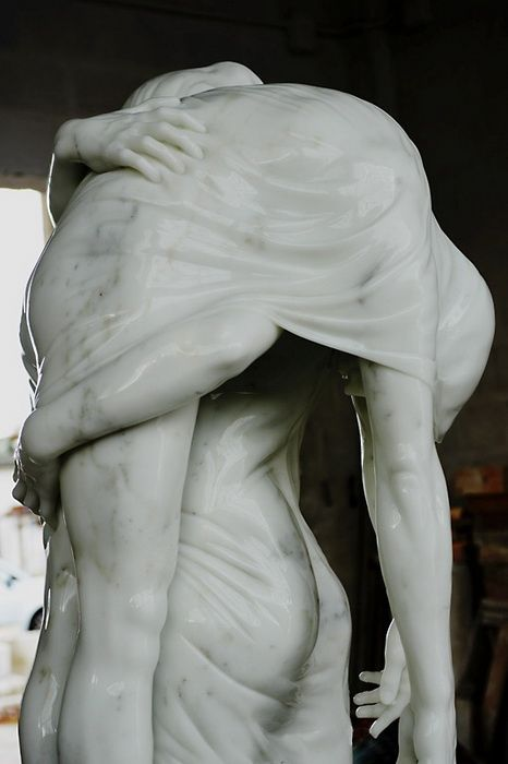 Балерина и мальчик: мраморная скульптура Кевина Френсиса Грея (Kevin Francis Gray)