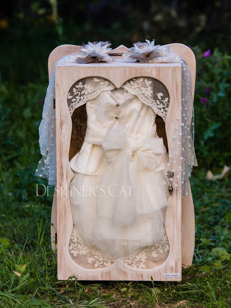 des.MILVA #χειροποίητο #κουτίβάπτισης #Handmade #christening #box of natural birch wood #vaptisi #βαπτιση #designerscat http://www.catinthehat.gr/gia-koritsi/koutia-koritsia/kouti-milva.html
